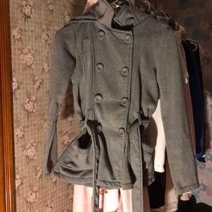 Fancy coat that give me Edward Cullen vibes